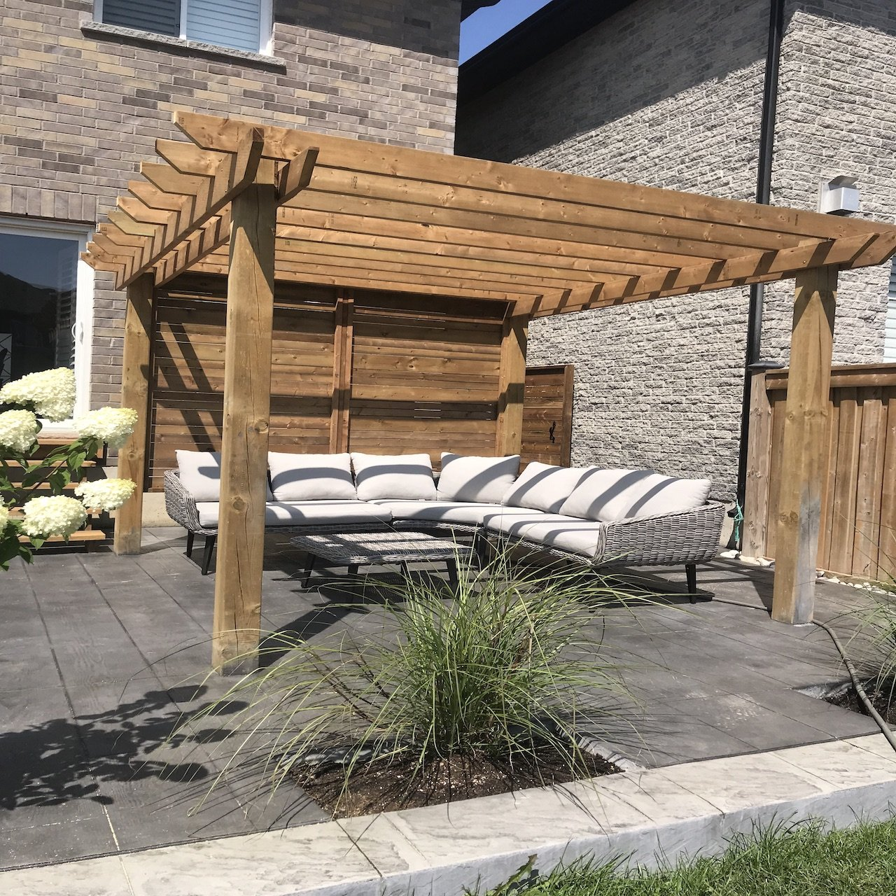 DecoMax Fences & Decks - Gallery - 11