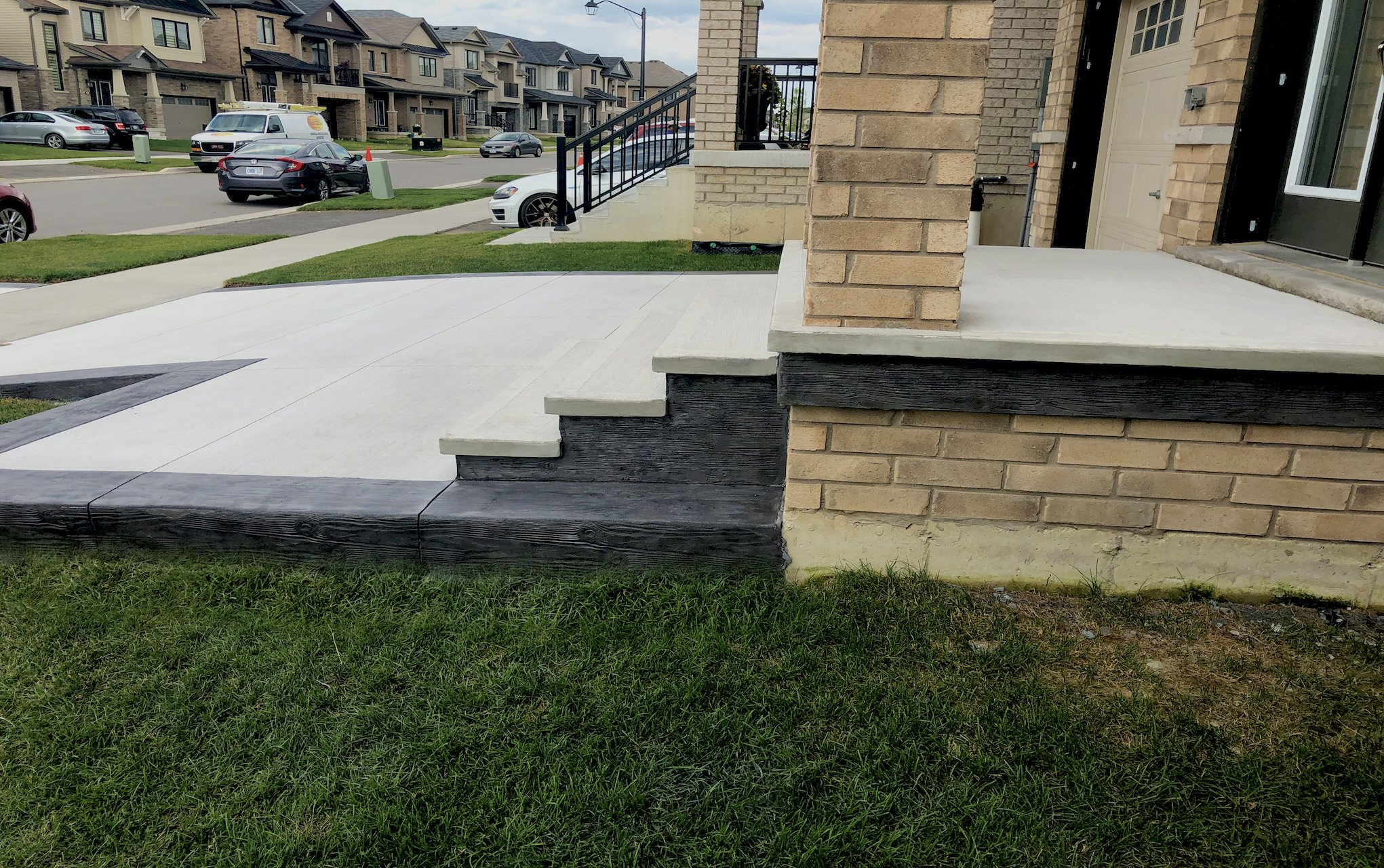 DecoMax Concrete - Concrete Front Walkways Gallery - Regular - 002
