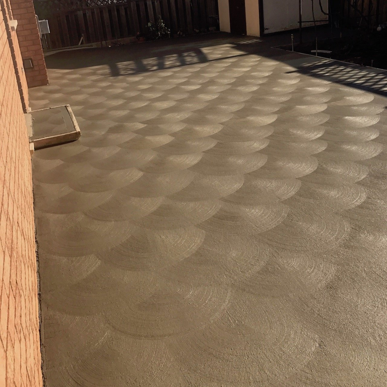 DecoMax Concrete - Concrete Patios Gallery - Regular Spin Finish - 002